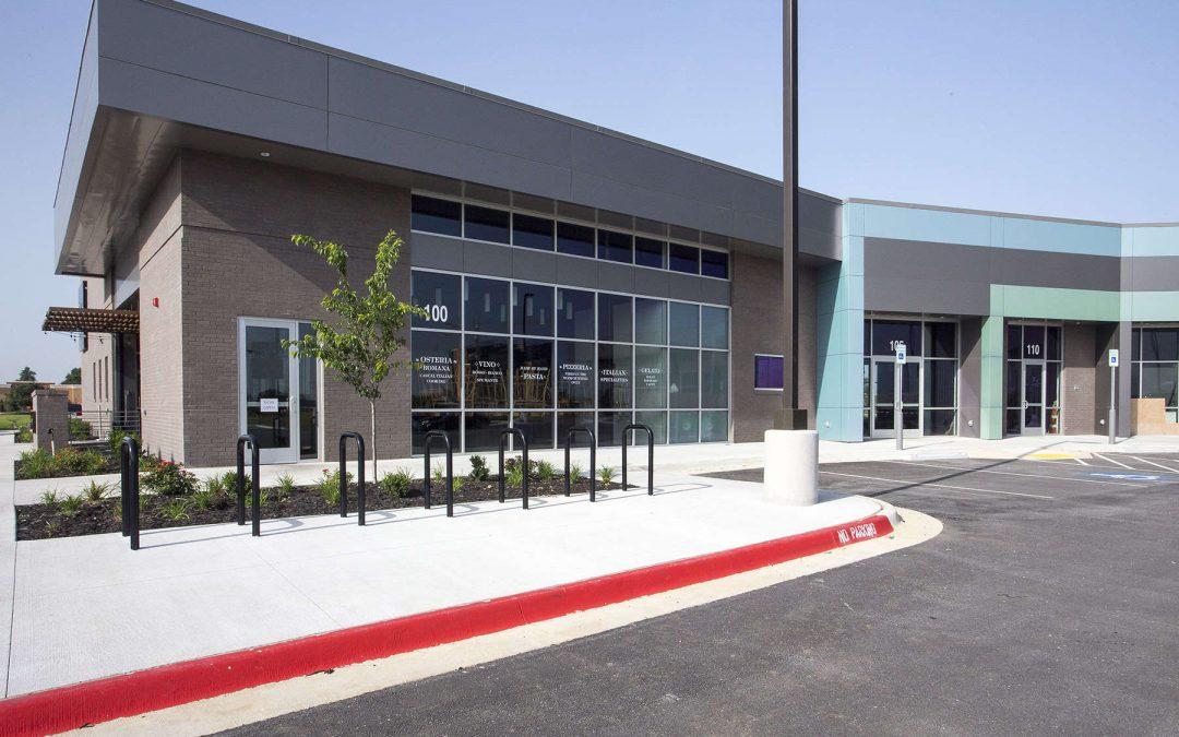Pinnacle Hills Retail Center